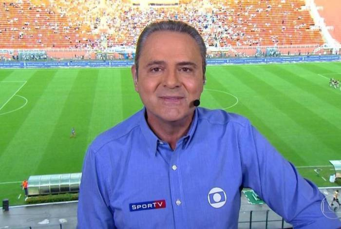 Narrador Luis Roberto, do Grupo Globo