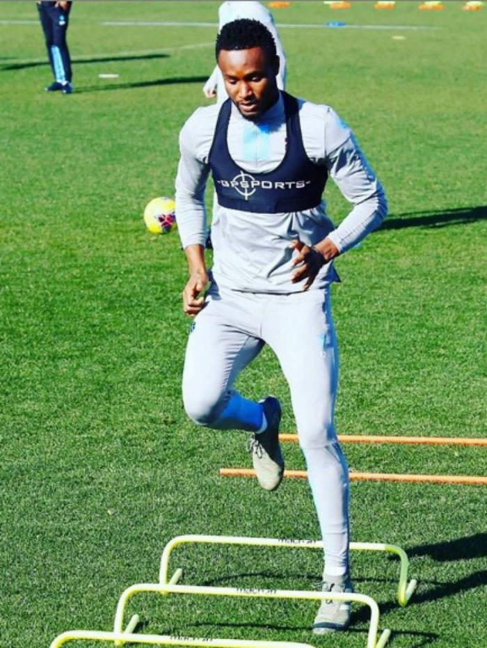 Obi Mikel é mais uma estrela internacional na mira do Botafogo