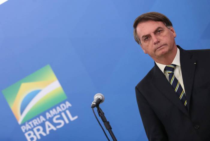 Bolsonaro diz que não está na hora de tentar derrubar presidente