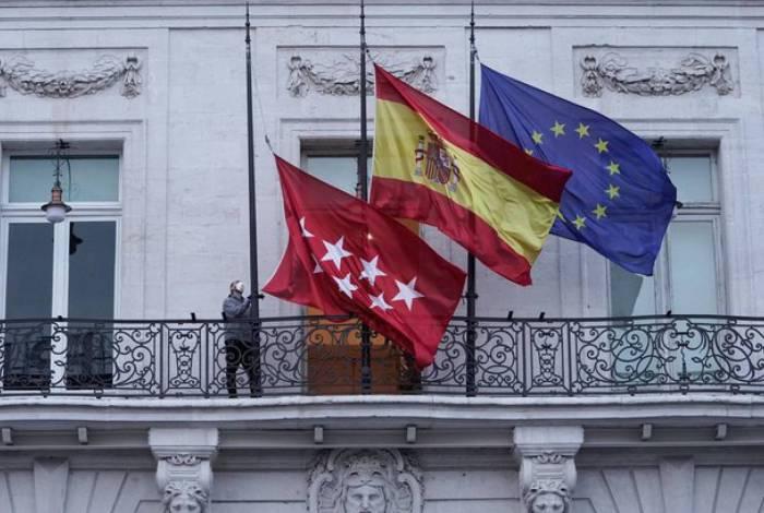 Espanha volta a registrar alta de mortes diárias