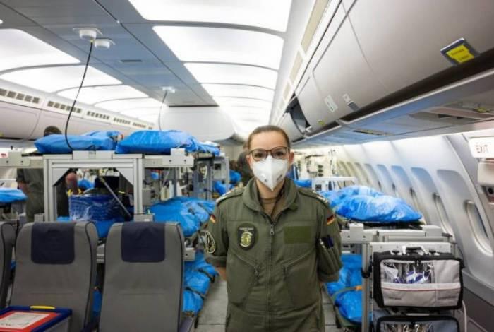 Alemanha transforma avião em hospital