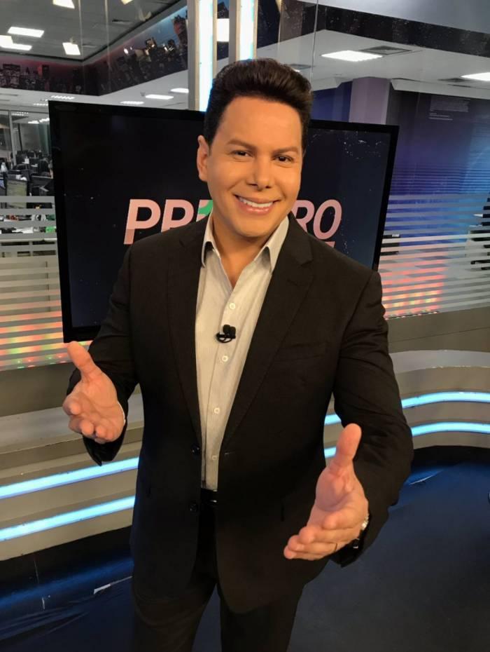 Marcão do Povo era apresentador do 'Balanço Geral DF' na Record. Atualmente, ele está no 'Primeiro Impacto', do SBT