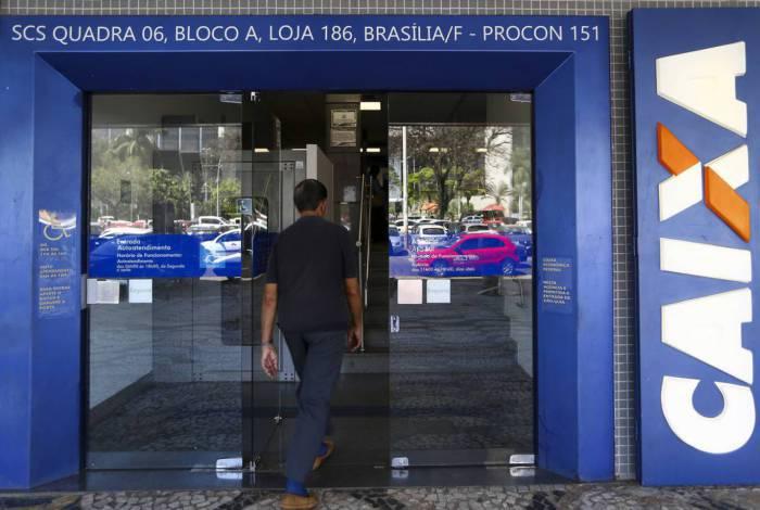 Caixa Econômica Federal adota medida para evitar aglomerações em meio à pandemia de covid-19