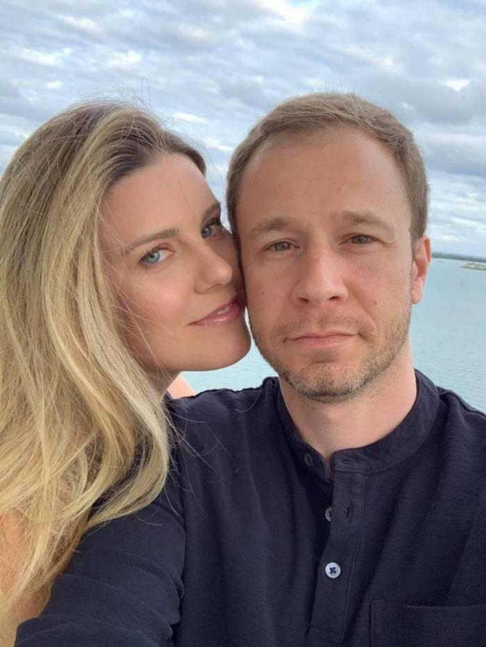Daiana Garbin e Tiago Leifert vão ser pais de uma menina