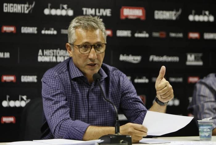 Presidente Alexandre Campello: é preciso defender o Vasco