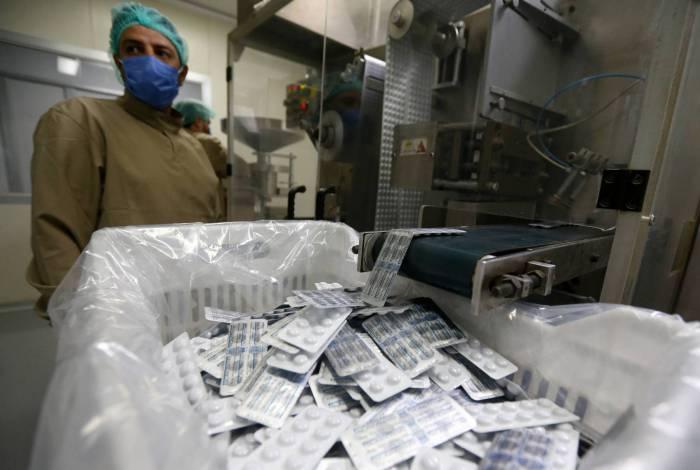 Produção de hidroxicloroquina: estudos científicos apontas que substância tem efeitos colaterais perigosos