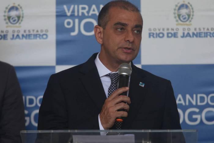 Secretário de Saúde do Rio, Edmar Santos, está em isolamento domiciliar com covid-19