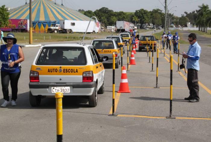Detran-RJ volta a disponibilizar agendamento para exames práticos de direção