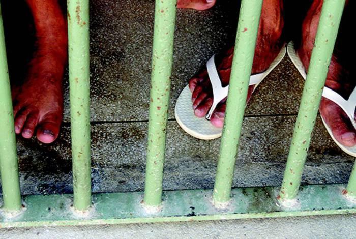 Projeto de lei prevê uso de contêineres para alojar presos em grupo de risco