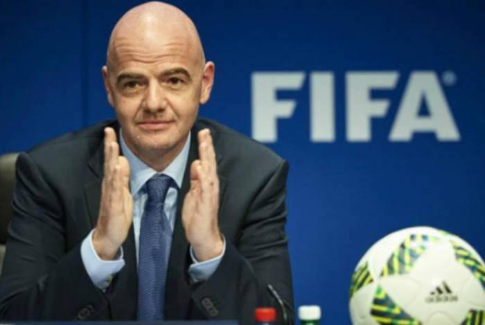 Presidente da Fifa, Gianni Infantino se reuniu com Donald Trump nesta quinta-feira