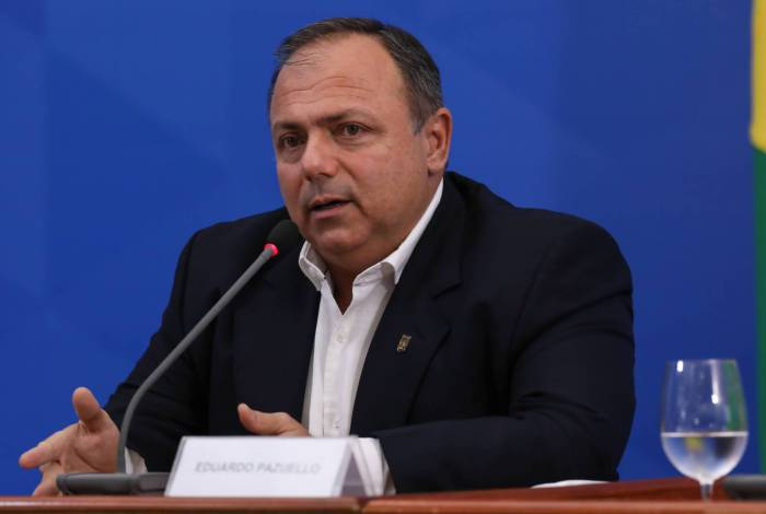 General Eduardo Pazuello está interinamente no comando do Ministério Saúde