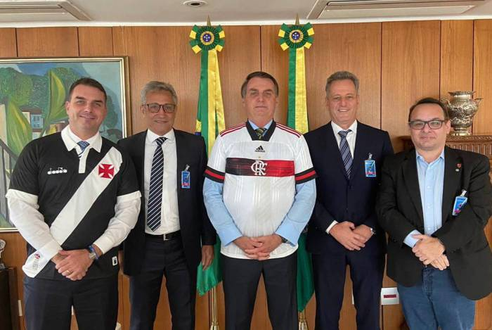 Flávio, Campello, Bolsonaro e Landim: volta do futebol foi assunto