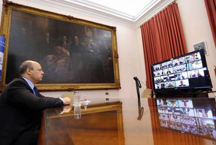 Governador Wilson Witzel em videoconferência de governadores com o presidente Jair Bolsonaro