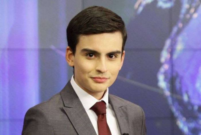 Dudu Camargo, apresentador de telejornal do SBT