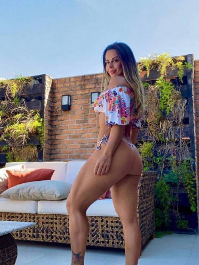 Viviane Araújo