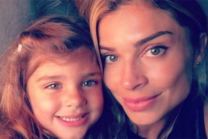Sofia e a mãe, Grazi Massafera