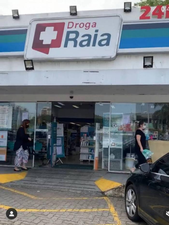 Fernanda de Freitas diz ter sido acusada de roubo por funcionária de farmácia
