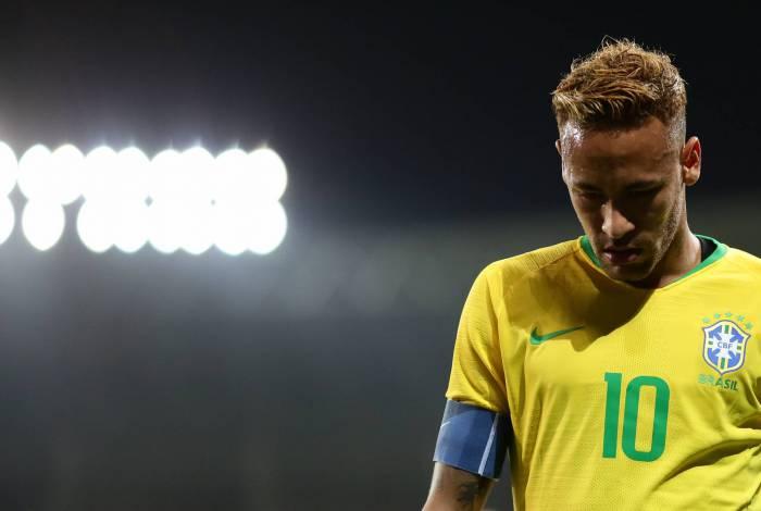Neymar será mais uma vez o camisa 10