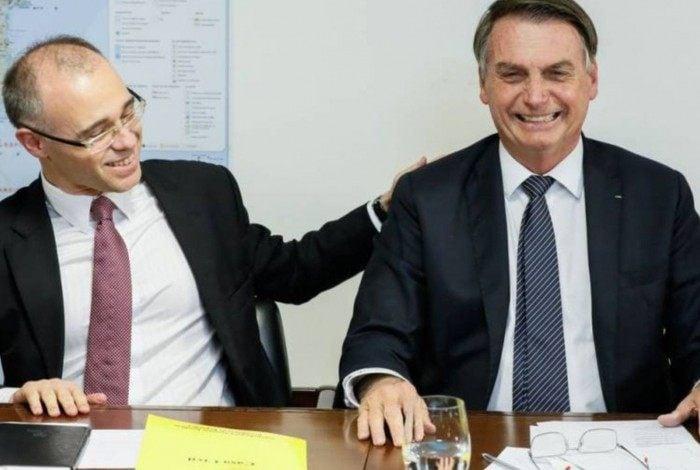 André Mendonça com o presidente Jair Bolsonaro