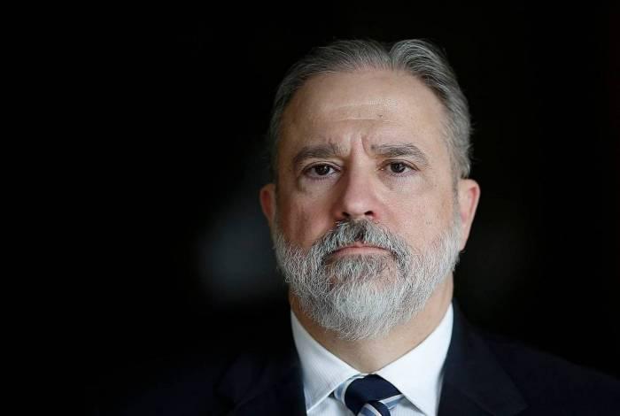 Augusto Aras foi escolhido por Bolsonaro para chefiar a Procuradoria-Geral da República