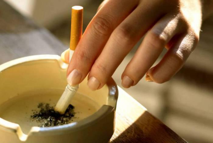 Vício de fumar pode aumentar na quarentena
