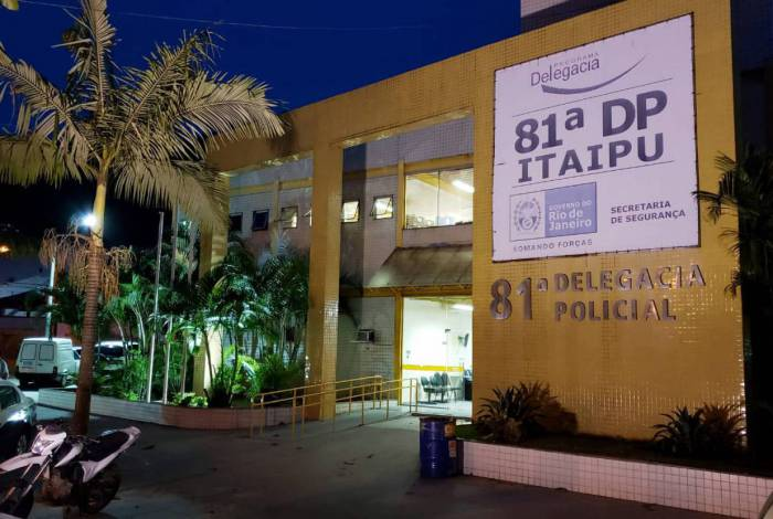 Policiais Civis da 81ª DP (Itaipu) prenderam em flagrante o suspeito, pela prática de estupro contra a ex-namorada