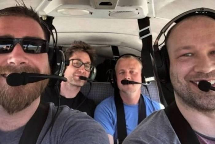 Selfie pouco antes da morte dos quatro ocupantes em queda de avião