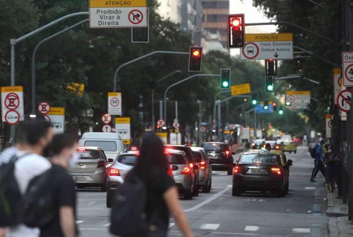 MPRJ e Defensoria Pública do Rio ajuízam ação contra decreto de flexibilização de Witzel