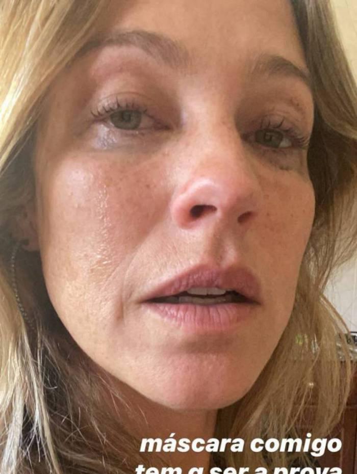 Luana Piovani surge chorando e desabafa: 'Tô tentando'