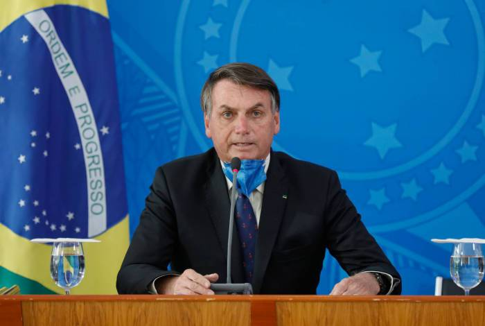 Jair Bolsonaro falou ao povo brasileiro por meio de uma transmissão virtual