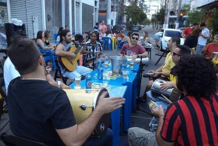 (Imagem de arquivo) Rodas de samba são liberadas na cidade do Rio