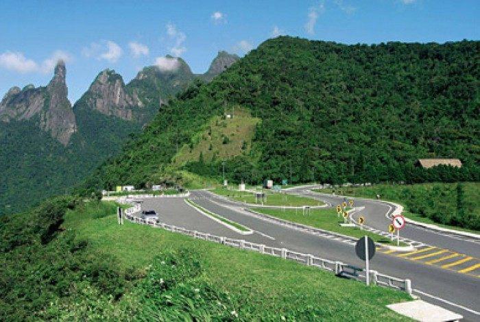 Trecho da BR-116/RJ, na altura de Teresópolis