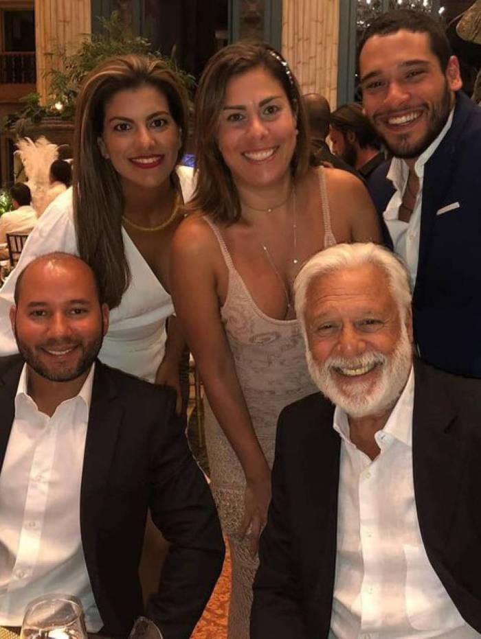 Antônio Fagundes e os quatro filhos