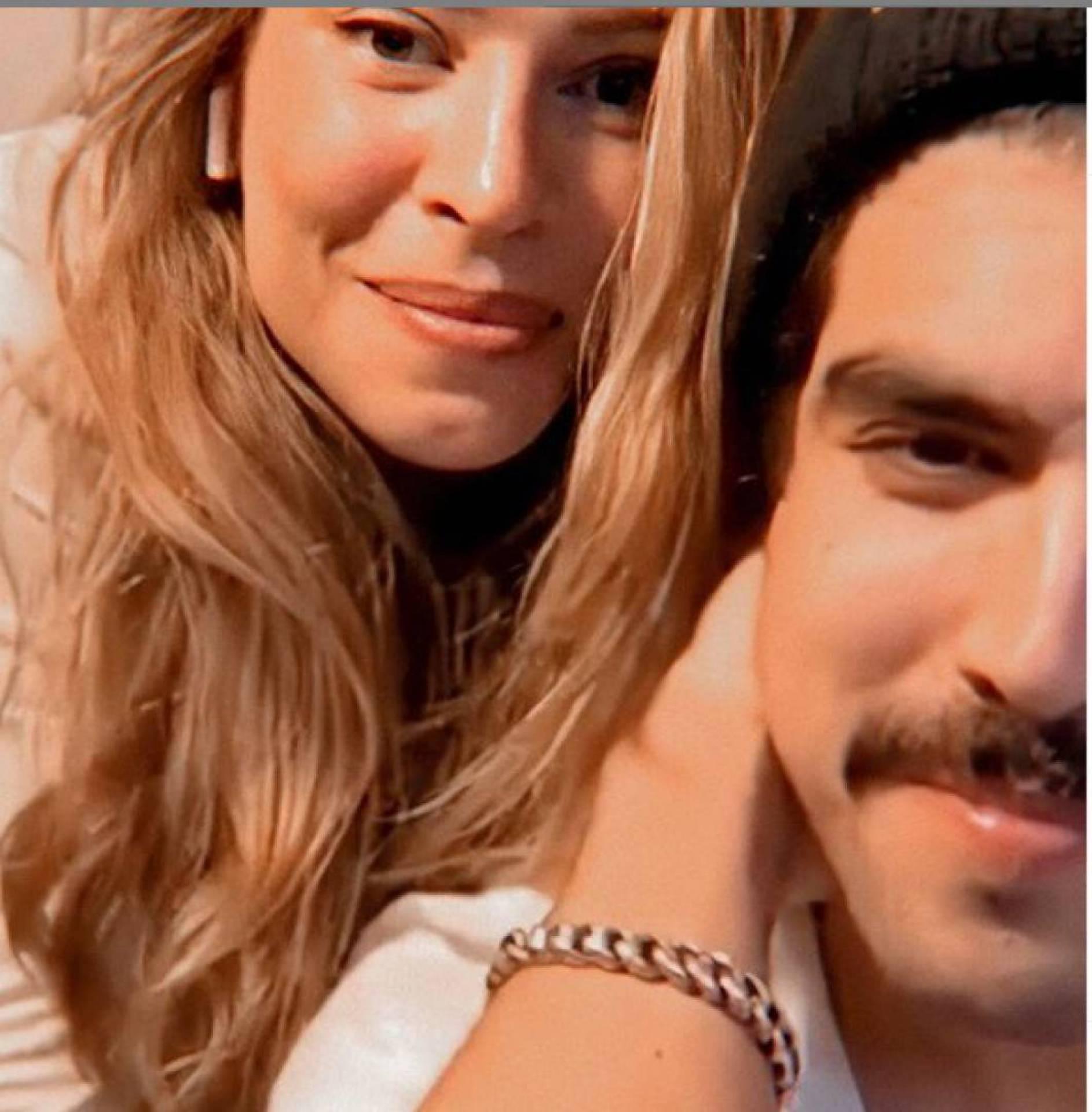 Grazi Massafera Fala Sobre Namoro Com Caio Castro Em Live Mh Babado