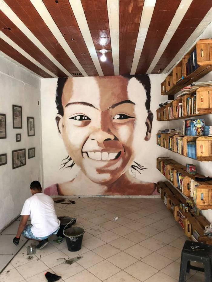 Biblioteca da ONG Nóiz, da CDD