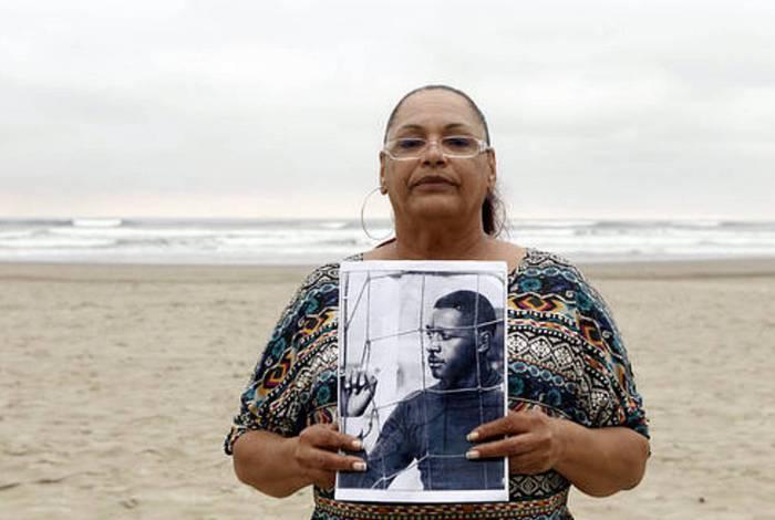 Filha adotiva do ex-goleiro Barbosa entrou na campanha da torcida do Vasco