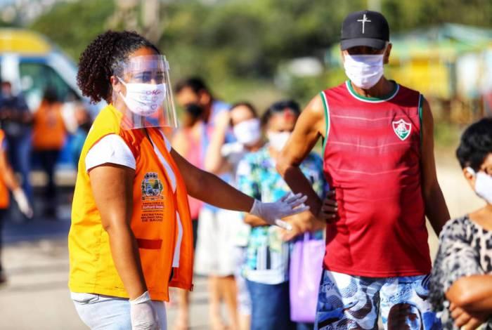 Moradores do bairro Bom Pastor fizeram o teste rápido para a covid-19 de graça