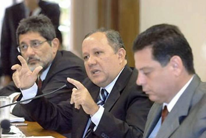 Silas Rondeau foi ministro de Minas e Energia de 2005 a 2007