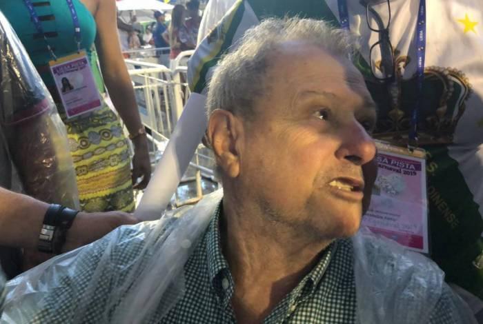 Luizinho Drummond, presidente da Imperatriz Leopoldinense, garantiu que escola não vai dar virada de mesa