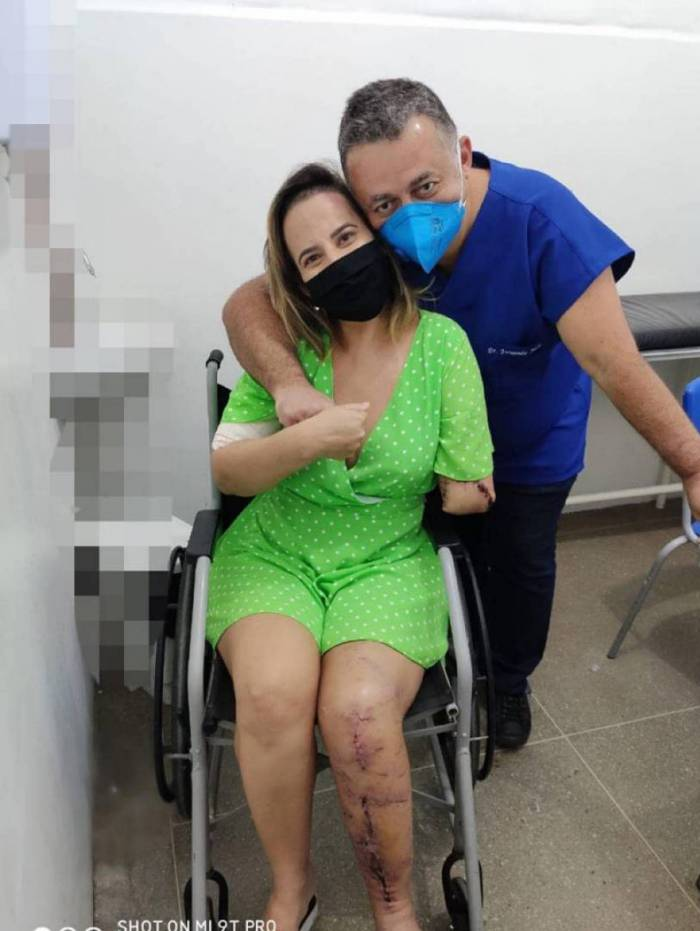 Suellen Nóbrega com o médico Fernando Juca