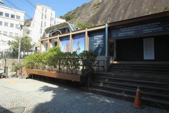 Bilheteria para os bondinhos do Pão de Açúcar permaneceu fechada, ontem, por decisão conjunta de empresas que administram pontos turísticos na cidade