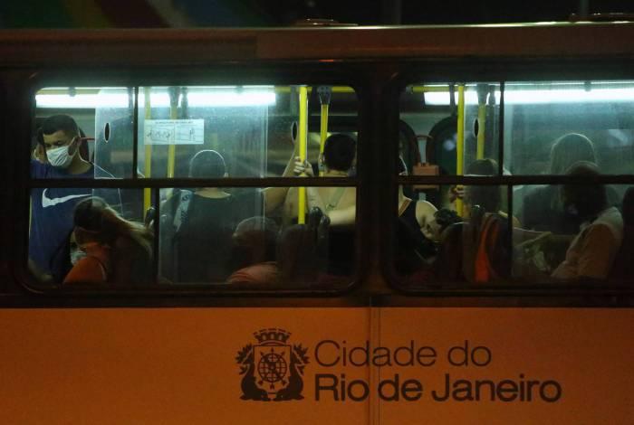 TJ do Rio suspende decreto que limitava a gratuidade dos idosos nos transportes