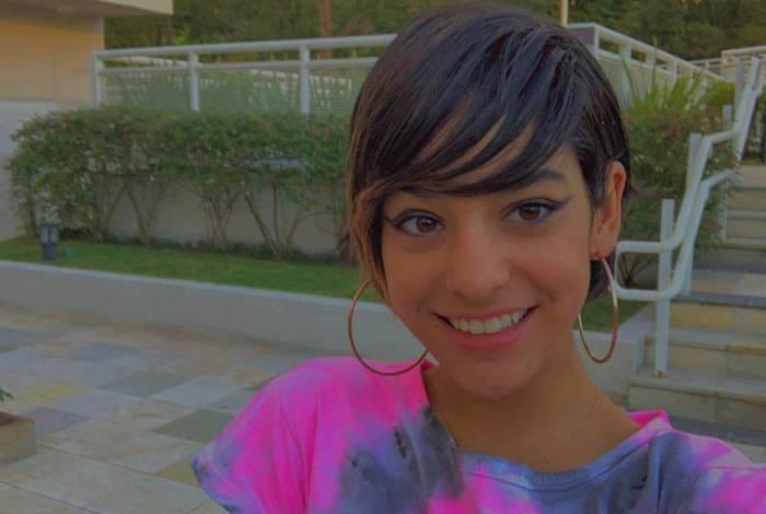 Isabella hoje está com 13 anos e viveu Hebe menina quando tinha apenas 10