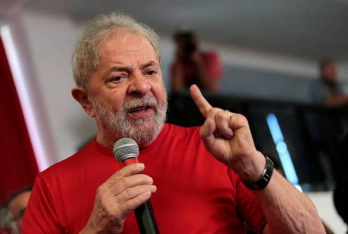 Ex-presidente Lula diz que gostaria de debater em corrida presidencial com Sérgio Moro e diz que Bolsonaro é que deve temer ex-ministro da Justiça e Segurança Pública