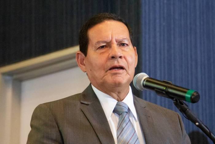 Vice-presidente, General Hamilton Mourão defendeu pagamento nas universidades públicas