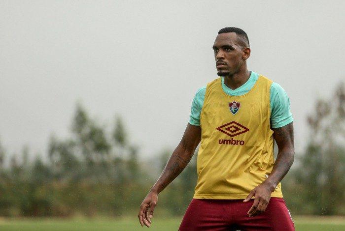 Zagueiro Digão no treino do Fluminense