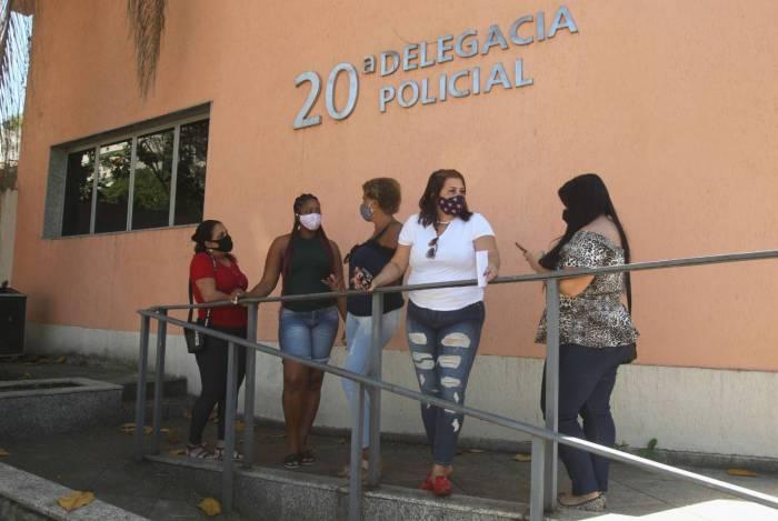 Cinco mulheres prestaram queixa contra a clínica Rainha das Plásticas na delegacia de Vila Isabel