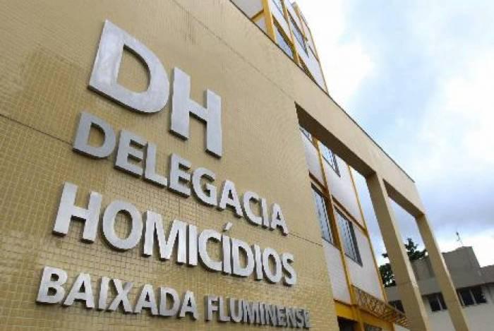 O caso está sendo investigado pela Delegacia de Homicídios da Baixada Fluminense (DHBF)