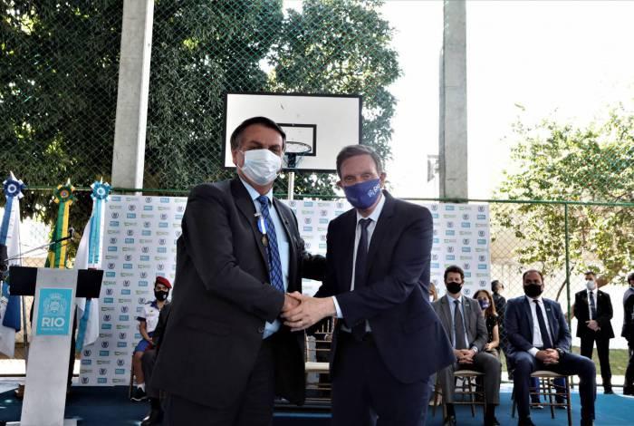 Presidente Bolsonaro e prefeito Marcelo Crivella inauguram escola cívico-militar no Rocha, Zona Norte do Rio