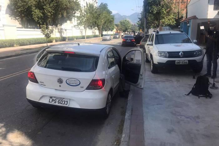 Polícia Judiciária busca Fabrício Queiroz na casa dele, na Taquara, para a realização de exames de rotina na Barra: à espera da prisão